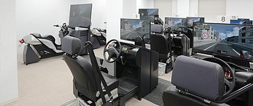 集合教育用運転シミュレータ DS-300